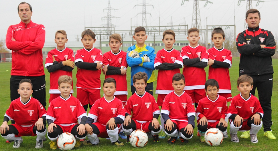 UTA a câştigat Memorialul Ionuţ Leac  Zece echipe de copii născuţi 2008 și mai tineri şi-au disputat trofeul Memorialului Ionuț Leac la mini-fotbal, ediţia 5.