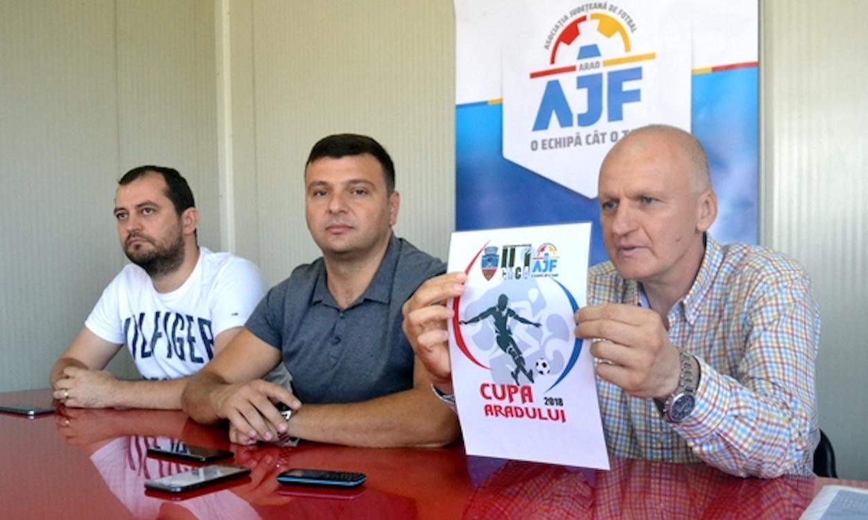 """Cupa Aradului: """"O competiție a bucuriei de a juca fotbal, pe un teren nou-nouț de Liga 2-a!"""""""