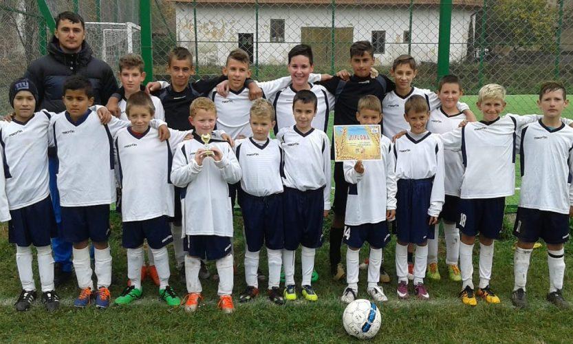 Horia şi Săvârşin merg în finala Cupei Satelor U13