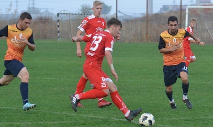 Liga IV-a Arad, etapa 15-a: Pecica termină turul cu zece goluri în poarta Săvârșinului
