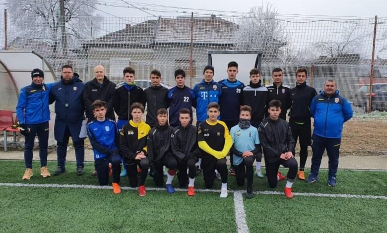 Opt juniori arădeni de 15 și 16 ani, testați de FRF în vederea convocărilor la loturile naționale